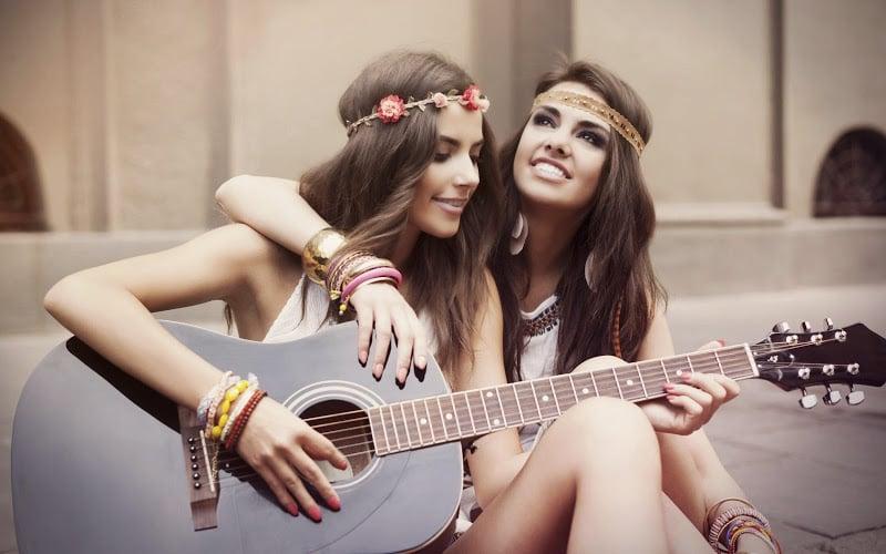 Il rapporto tra sorelle gemelle-1