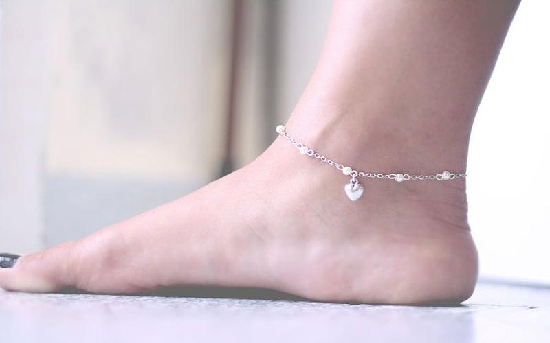 La cavigliera, accessorio cool-1
