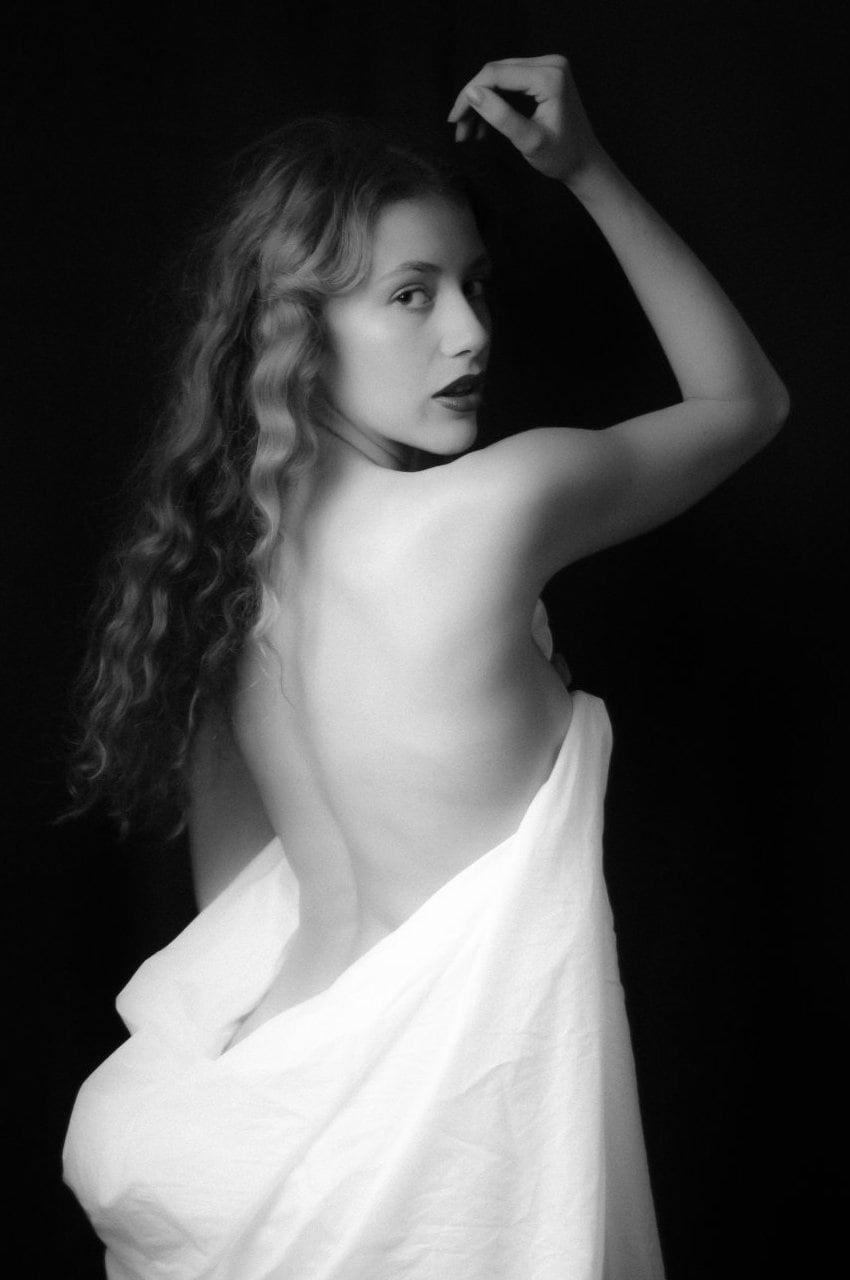 La fascinazione della nudita-13