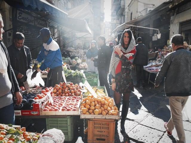 Mix di moda e arte a Napoli-5