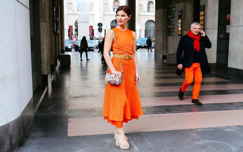 moda-arancione-e-nero-1