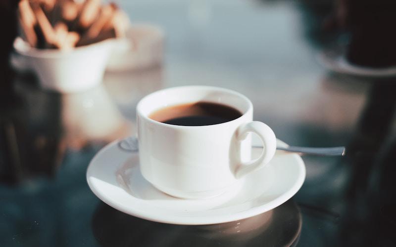 Bere il caffè-1